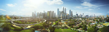 Papier Peint - Panorama cityscape view in the middle of Kuala Lumpur city center ,day time , Malaysia .