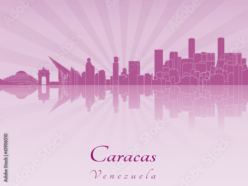 Papier Peint - Caracas skyline in purple radiant orchid