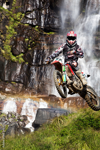 Papier Peint - motocross with waterfall