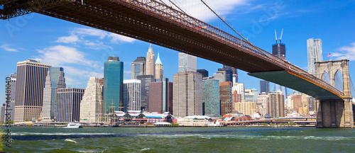 Papier Peint - Brooklyn Bridge and Lower Manhattan skyline panorama, New York