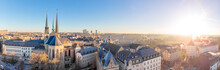 Papier Peint - Aerial view of Luxembourg in winter morning