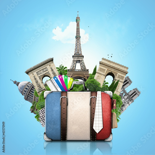 Papier Peint - France, landmarks Paris, retro suitcase, travel