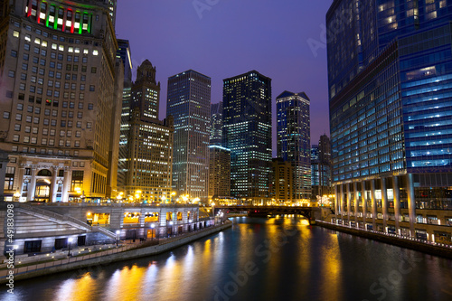 Papier Peint - Chicago River Walk at night, IL, USA