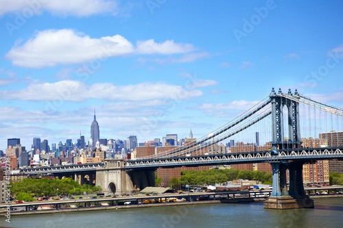 Papier Peint - Manhattan Bridge and New York City skyline over East River